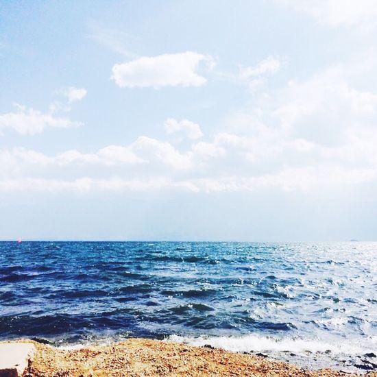 """--""""暗恋是风,喜欢是海啸,爱是海。可人,是孤岛。"""" --""""我不离开你,像岛屿自始至终在海洋里。"""" Lake Erhai Lake,Dali"""