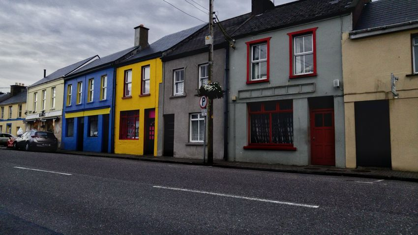 Express yourself Colour Of Life Travel Streetphotography Streetscape Cahersiveen  Ireland Vacation Colorful Blue Yellow House Grey Architecture