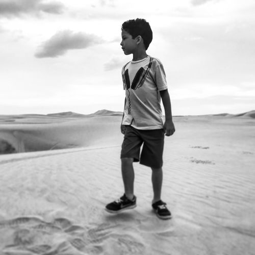 Real People One Person Full Length Leisure Activity Sand Sky Day Outdoors Standing Landscape Nature Arid Climate Sand Dune Young Adult EyeEmNewHere