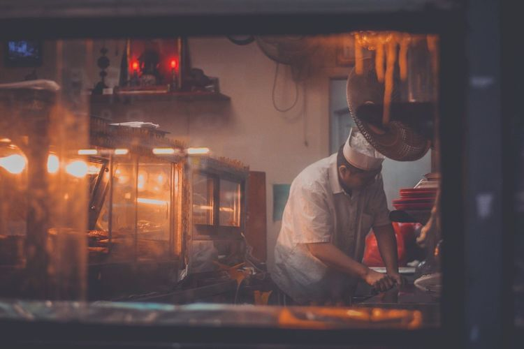 EyeEm Selects Working Indoors  Occupation Real People Workshop Protective Workwear One Person Industry Flame Men Skill  Metal Industry Manual Worker Day People