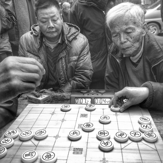 Monochrome Black And White Blackandwhite IPhoneography Iphone 6 Plus Iphoneonly Street Photography People Chinese Chess