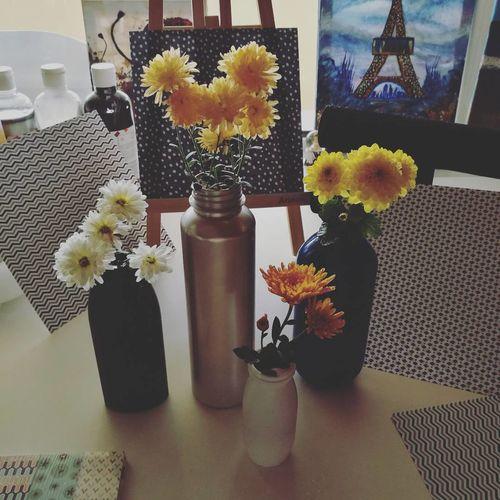 Flower Vase Reuse Plasticbottles Flower Arrangement DIY Diy Project Craft Hobby Indoors  Nopeople Paintings Background Arad,Romania HuaweiP9