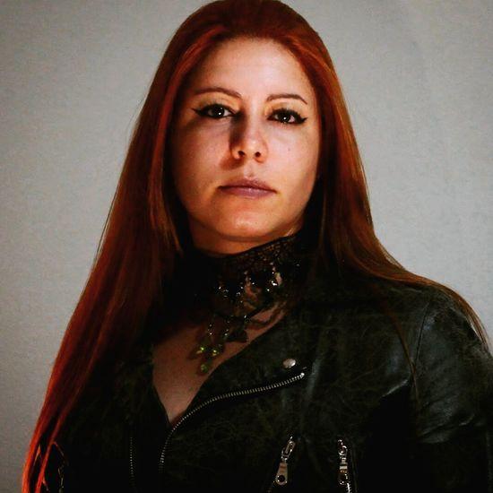 I Goth Gothic Dark Redhead Posing Longhair Style Vamp