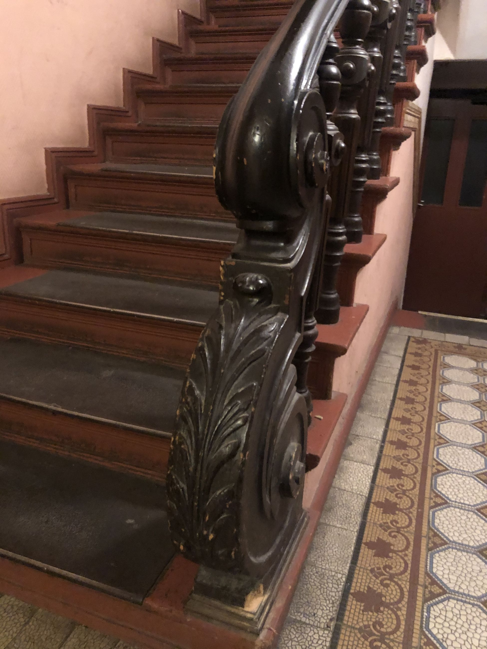 staircase, indoors, steps and staircases, architecture, no people, in a row, built structure, railing, pattern, machinery, absence, repetition, carpet - decor, flooring, metal, technology, musical equipment, piano, arts culture and entertainment