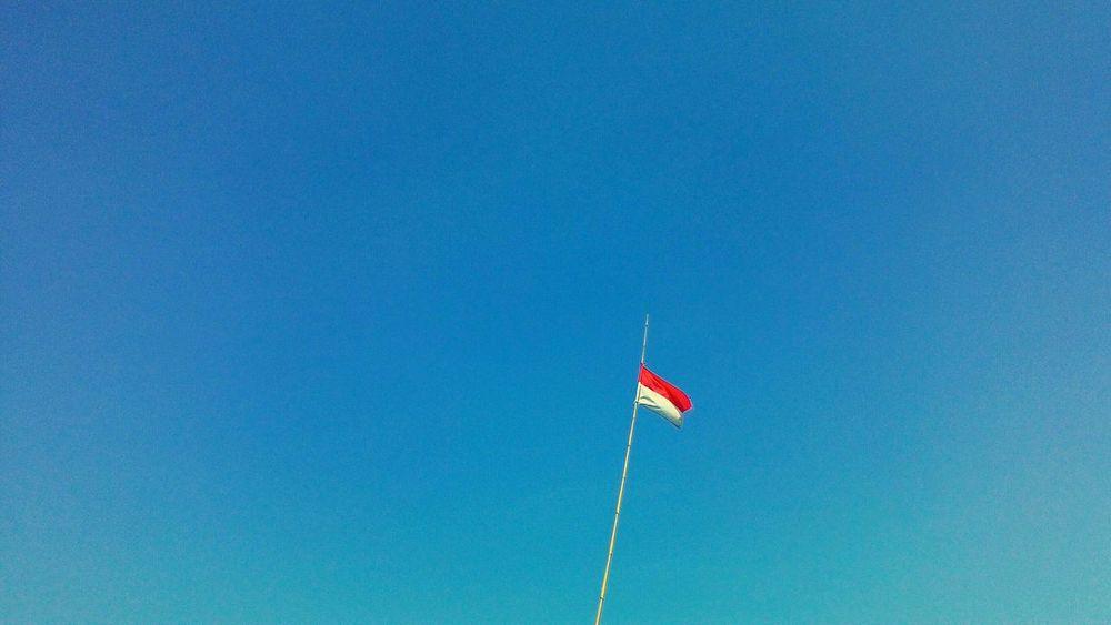 Stand tall, stand proud. Nationalism Patriotism MERAH PUTIH INDONESIA INDONESIA Minimalism Pastel Power