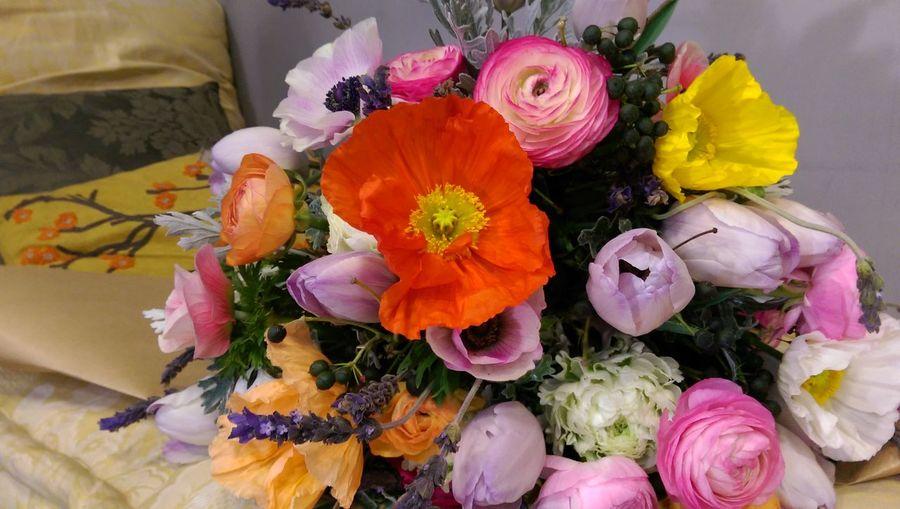 SaintValentin Saintvalentinesday Love ♥ Flowerporn Bouquet Of Flowers Hello World Eye4photography  Tulips🌷 Poppy Flowers Mywork MyWorld ♡ Colorful Spirit LiveLoveLebanon