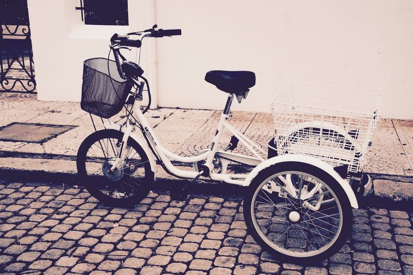 Bicycle Transportation Mode Of Transport Stationary Land Vehicle Parking Wheel Outdoors Day No People Sidewalk Old-fashioned Bicycle Rack Eye4photography  Eyem Gallery Galaxidi Greece Eyemphotography EyeEm Best Shots EyeEmBestPics Eyem Best Edits Outdoor Photography Outside Building Exterior