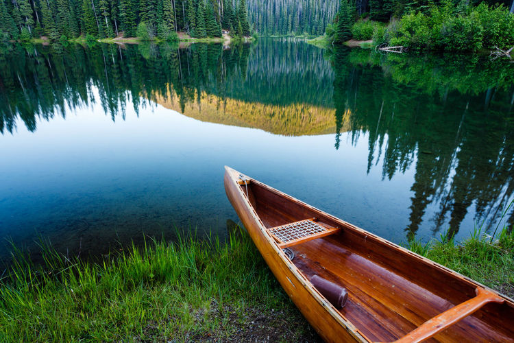 Lone Duck Bay on LIghtning Lake, in E.C. Manning Provincial Park, British Columbia. Boat British Columbia Canada Canoe Grass Lake Lightning Lake Manning Park Manning Provincial Park Moored Nature No People Outdoors Peaceful Reflection Tranquil Scene Tranquility Trees Water