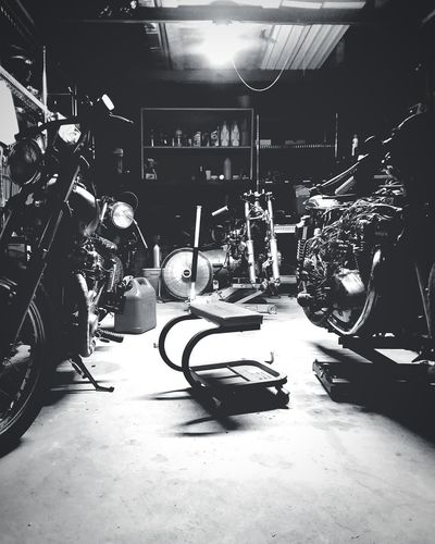 Late night work in the shop. . . Motorcycle Indoors  Tire No People Auto Repair Shop Vintage Harley Davidson Motorcycle Jacksonville 2017 Honda Motorcycle CB550 Hondaracing Honda Yamaha