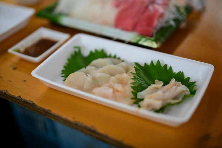 貝も! Food And Drink Food Ready-to-eat Healthy Eating Indoors  Wellbeing Freshness No People Close-up Japanese Food Selective Focus Seafood Table Plate Sashimi