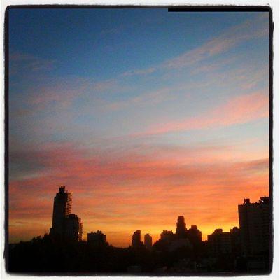 6:45 am Otoño en Baciudad Buenosaires Argentinaingram NatureIsBeautiful Photografer Luz Sunlight Amanecer Love