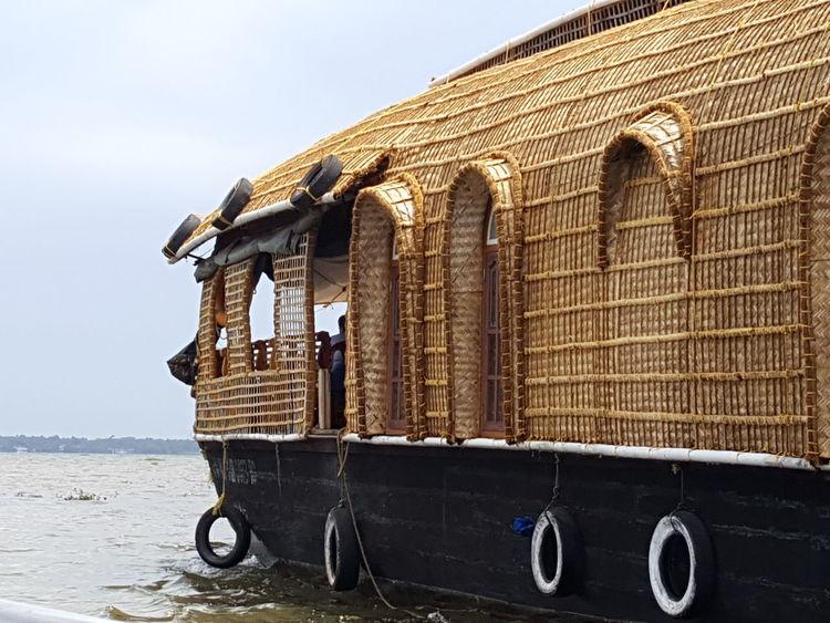 Houseboat Kumarakom Kerala