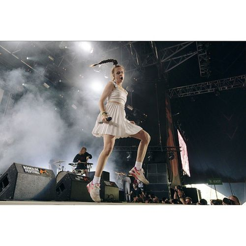 Today MØ (@momomoyouth) played Tinderbox Festival in Odense (@tinderboxodense). I photographed her at Roskilde Festival almost excactly one year ago. It was fun :) MØ Tinderbox Roskildefestival Rf14 Rf15 Musicphotography Festival Concert