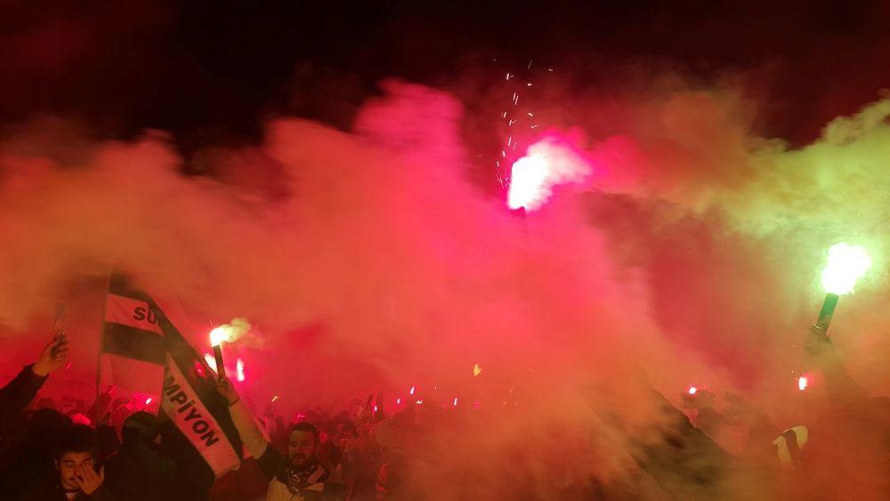 Gerekirse gezegeni yakarız Uefa Euro League Beşiktaşk Semtcocukları çarsı Besiktasjk Aşk♥ Besiktascarsi Eagle My Team Besiktas