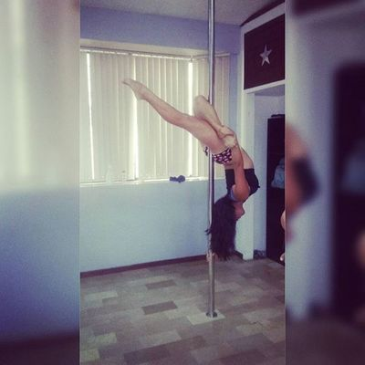 Poledance Aerialpolefitstudio Polegirl Polefit Depocoapocoseempieza💪✌😰😜😰