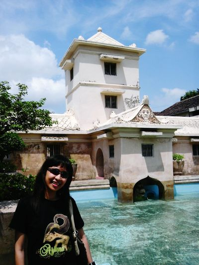Traveling People Self Portrait Around The World Summer Views EyeEm Indonesia Hello World Palace