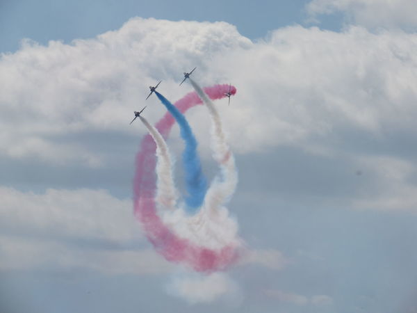 Red arrows air display aerobatics Air Force air vehicle Airshow cloud - sky flying motion on the move EyeEmNewHere Red Arrows Air Display Aerobatics Air Force Air Vehicle Airshow Cloud - Sky Flying Motion Outdoors Red Arrows Royal Air Force Sky Speed Vapor Trail Vapour Trail