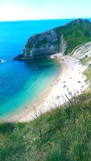 Relax Englishbeaches People Clear Water Natural Beauty Hidden Beauty Hanging Out Coastline Landscape The Great Outdoors - 2016 EyeEm Awards Sea View Natural Relaxing Moments Durdle Door, Dorset Htc One M8