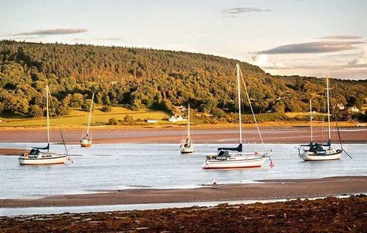 Red Wharf Bay - Isle of Anglesey Love this place Tag me in your anglesey photos! Shotoftheweek Shotoftheday Photography Photography Photographer Landscape Seaside Anglesey Northwales Boat Boats Photodaily Photooftheday Beach Sea Sunset Sunsets