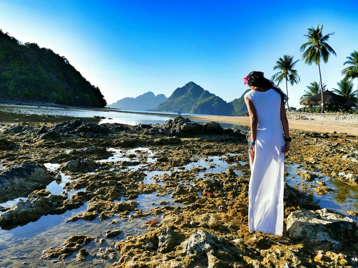My friend is walking on the beach at Coron, Philippines. Relaxing Lovemylife Hanging Out Sea Happy Beach Sun Paradise