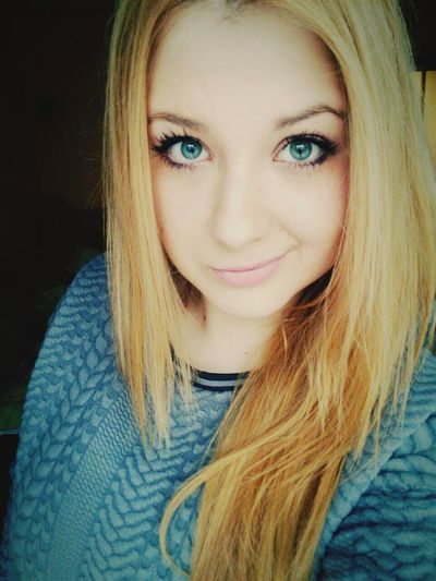 Blonde Girl Me