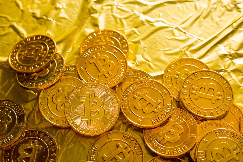 The Bitcoin cryptocurrency in gold texture image background. Currency Bitcoin Bitcoin Cash Bitcoin Coin Bitcoin Currency Bitcoin Wallet Bitcoins Cryptocurrency Currency Symbol