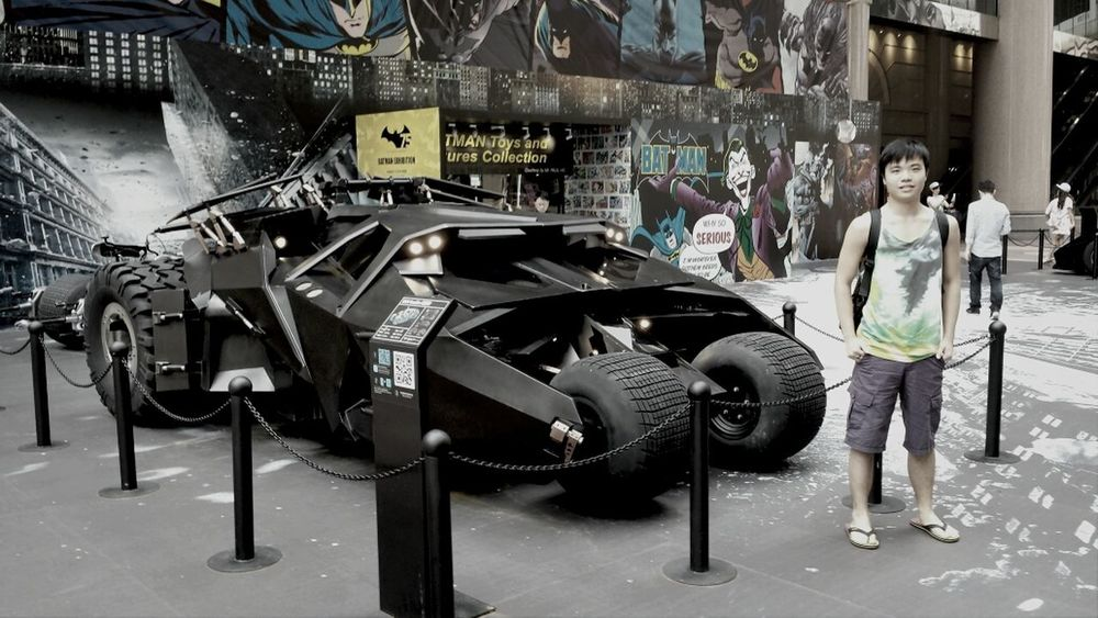 Gotham City in Hong Kong. Is the car a little small?? Car Overwhelmed Fun Enjoy