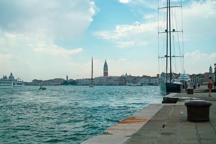 Architecture Boat Gondole In Venice Landsape Travel Destinations Water
