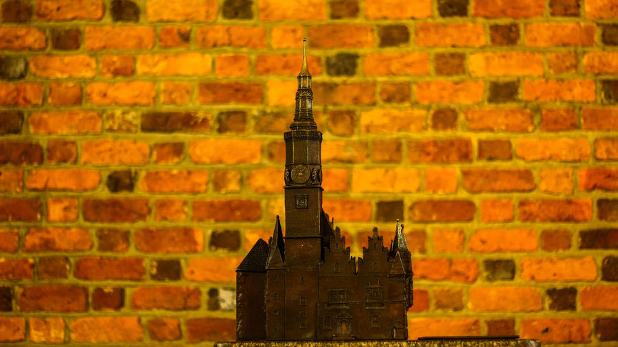 Architecture Brick Wall Building Exterior Built Structure City Close-up Day History No People Outdoors Place Of Worship Statue Tower