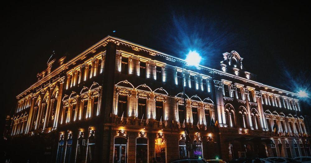 Night Lights Theater Night HuaweiP9 Lights Iluminated Building Illuminated Architecture Built Structure Entertainment Cityscape