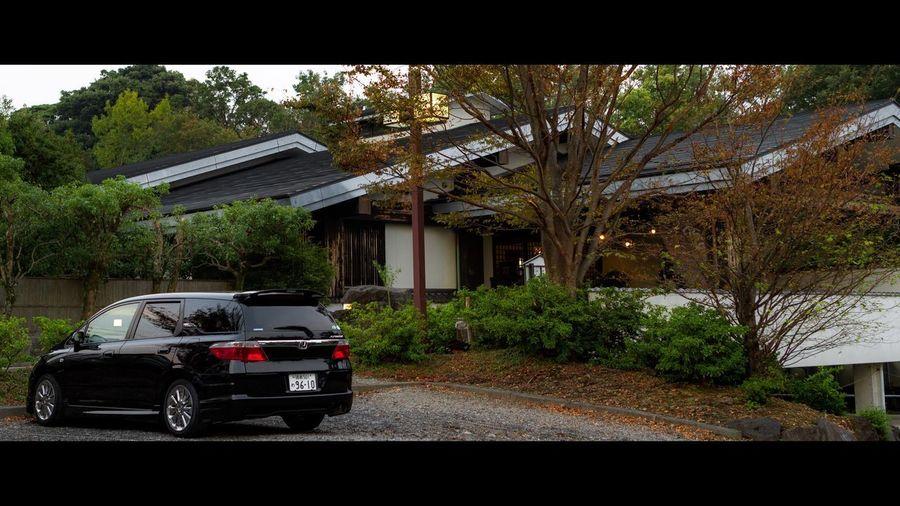 Come inside. At Izu Location Ito