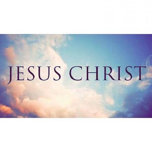 E hoje eu comemoro e celebro de todo meu coração o dia em que Deus desceu de sua glória, se fez homem como nós, pagou um preço de cruz por amor a mim, foi humilhado e crucificado, derramou seu sangue para me lavar de todo pecado e levar sobre si toda maldição que estava sobre nós, pra nos salvar da morte em que estavamos condenados e nos dar VIDA!! Hoje toda honra e glória vai para Ele, pois esse dia comemoramos por Ele!! Obrigada meu Jesus, meu pai maravilhoso, conselheiro e principe da paz!! Feliz Natal a TODOS, que seja abençoado e que aja céus por TODA essa Terra!! ObrigadaMeuJesus ParabénsPeloTeuDia 💜💜🎄👏👏🙌🙌🙏🎉