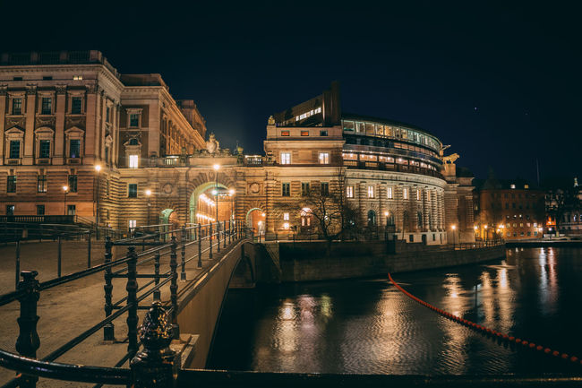 riksdag parliament sweden stockholm night Architecture Cityscape Dark Light Nightphotography Riksdagen Scandinavia Stockholm Sweden Bridge - Man Made Structure Building Gamla Stan Illuminated Long Exposure Mörk Parliament Riksdag Streetphotography Sverige Travel Destinations