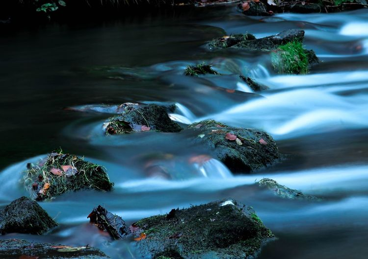 Go with the flow....💚 Water Outdoors Nature Moss Tranquility Beauty In Nature Scenics Beauty Share-Your-Long-Exposure Canonphotography Wyedale Derbyshire River Long Exposure Longexposurephotography Afternoonwalk Having Fun Photography Is My Escape From Reality! From My Point Of View Because 🌟i🌟can😛 For Anyone Whos Interested Perspectives On Nature Beauty In Nature Rural Scene Nature