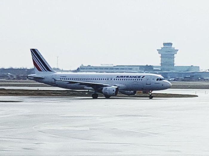 Dat be mine Denmark Paris Jet Airplane Air Vehicle Airport Aerospace Industry Sky Jet Engine Aircraft Wing Airfield Commercial Airplane Passenger Boarding Bridge Airplane Wing Engine Turbine Flight