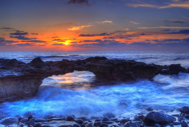 Filter Nikon Beach Beauty In Nature Cloud - Sky Day Horizon Over Water Idyllic Long Exposure Motion Nature No People Ocean Orange Color Outdoors Power In Nature Rock - Object Scenics Sea Sky Sun Sunrise Sunset Tranquil Scene Tranquility Water Wave