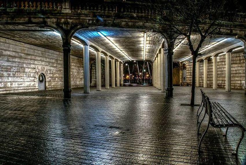 Bilbao Bizkaia Euskadi Streetphotography Architecture Verybilbao Bilbosoul Bilbosoulchallenge Ilovebilbao Total_euskadi Estaes_paisvasco Loves_euskadi Bilbaoclick Estaes_de_todo Estaes_euskadi LaMejorFoto Turismo_euskadi Euskorincones Total_city Total_night Ok_spain Thebestoftheday Ig_sanat Igersbilbao Igersbizkaia igerseuskadi igersspainigerseurope lagildadelnorte