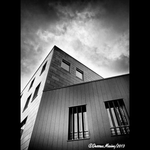 toujours dans la série des ARTEM My Art Architecture Black And White Noir Et Blanc