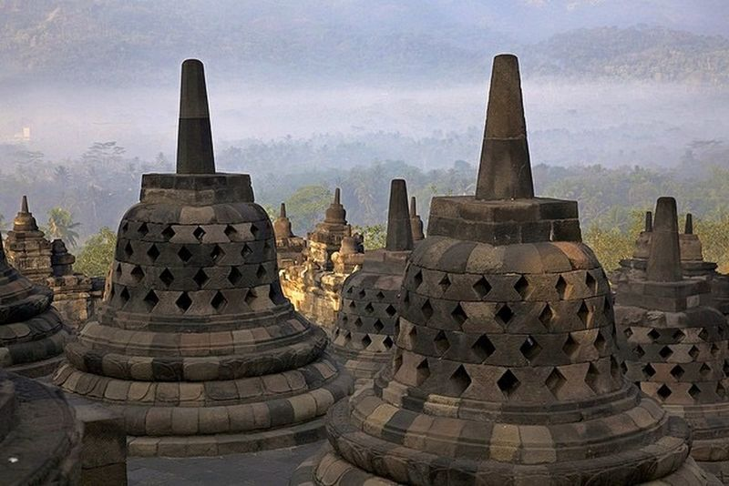 This is INDONESIA Borobudur temple ❤️ Love INDONESIA Traveling Travel Borobudur Borobudur Temple Eye4photography  First Eyeem Photo EyeEm Best Shots EyeEm Nature Lover EyeEm EyeEmBestPics EyeEm Gallery Eyemphotography Photo Photographer Best  Bestoftheday Nice Eye4photography  Asian  Popular Photos Check This Out Hello World Popular
