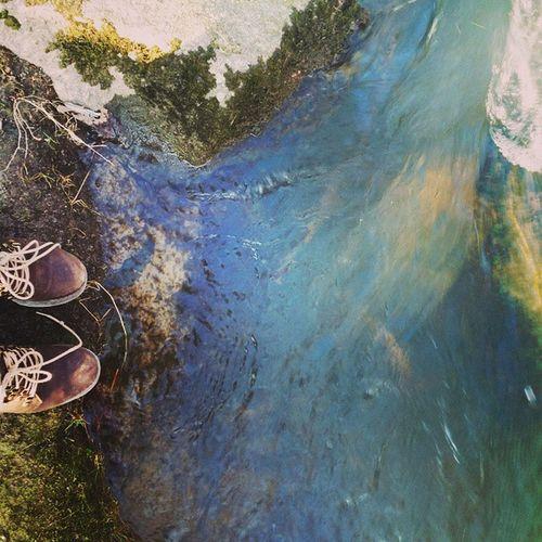 Río . Selfi con mis botas comopradas en uruguay..... Marcelcalzados
