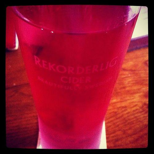 Mmm! New favourite flavour mango and raspberry Rekorderlig Cider - a Swedish triumph! ?❤???