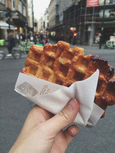 Street food Street City Food Holding Ready-to-eat ShareTheMeal Yummy Waffle Brussels Food Stories