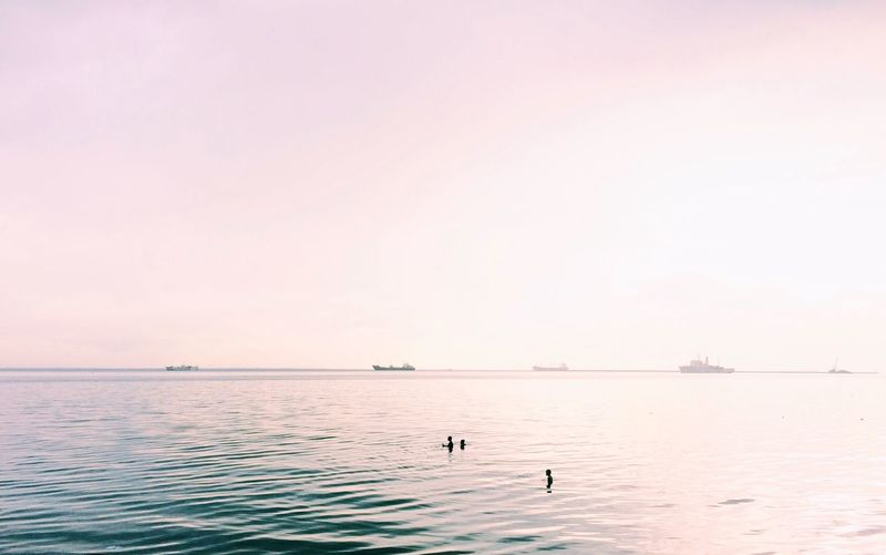 Ocean Ocean View Water Waterfront Tranquil Scene Tranquility Scenics Swimming Calm Nature Beauty In Nature Sea Non-urban Scene Sky Vacations Solitude Distant Summer Remote No People Seascape