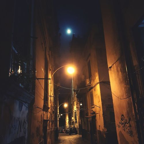 Which light you wanna see? Great View Amazing Peaceful Sky Moments My Point Of View Capture The Moment From My Point Of View Streetphotography Streets Great Atmosphere Napoli Vicoli Di Napoli Greatlight Vicoli Moonlight Moon Luna