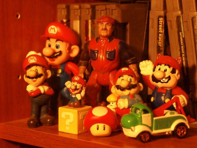 Batman Samus Star Wars Toys Video Games Wall-E! Bobba Fet Donkey Kong Gamer No People Super Mario Vintage