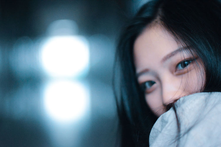 回眸 Photography Model Beautiful Beautifulgirl Photomodels ModelPhotoShoot Photoshoot Girl Taiwanese Taiwangirl 回眸一笑 回眸 One Person Portrait Headshot Real People Indoors  Lifestyles Young Adult Close-up Adult Body Part Looking At Camera Focus On Foreground Human Face Beauty Beautiful Woman Young Women