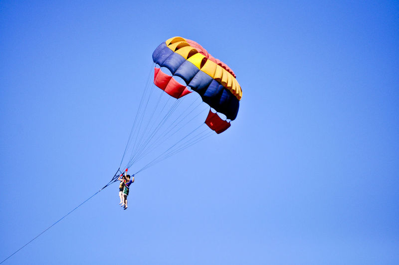 Parasailing in