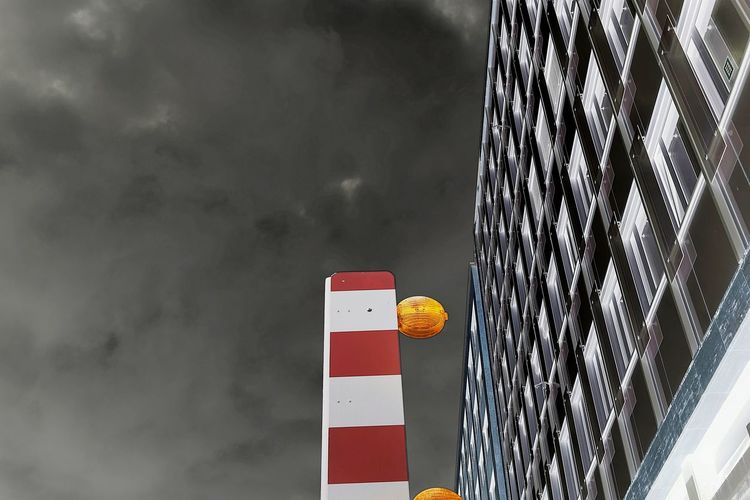 Building Site Warning Lights Barrier No People Red Day Nature Focus On Foreground Built Structure Pattern Outdoors Wall - Building Feature Close-up Sunlight White Color Multi Colored Low Angle View Architecture Still Life