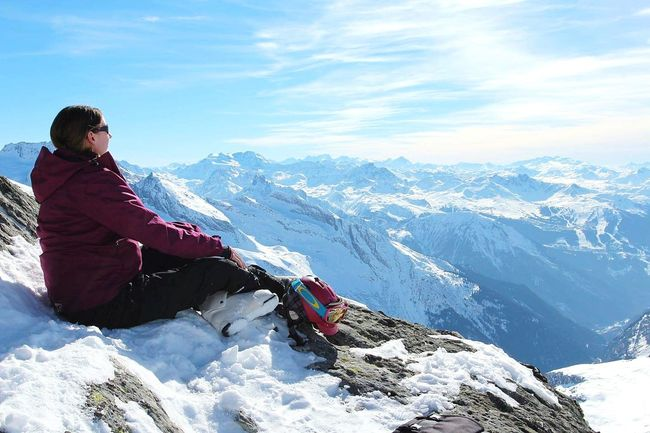 Mountain It's Me Adventure Sitting Skiing Powder Snow Hiking Go Higher #FREIHEITBERLIN