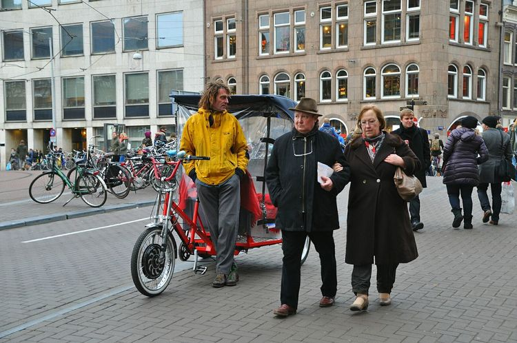 Bicycle taxi in amsterdam, next to the flower market Your Amsterdam Typical Amsterdam Amsterdamcity Bicycle Taxi Taxi Bicycle My Amsterdam Amsterdam Canal City Life City Of Amsterdam Symbol Of Amsterdam Netherlands Amsterdam Market Flowers Flower Market My Hometown